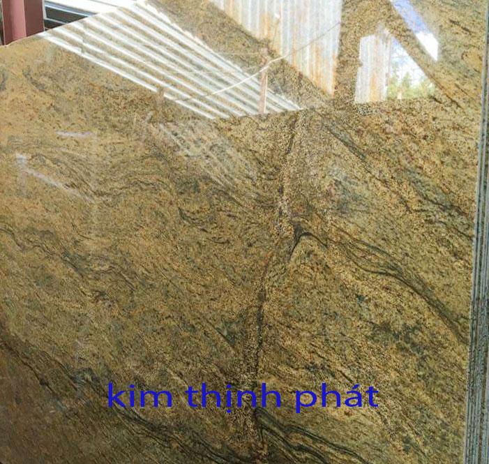 đá hoa cương và sẽ nhanh bị hỏng hơn. Cùng với đó bạn nên làm sạch đá thường xuyên, có thể đánh bóng chúng hoặc là sử dụng các dịch vụ chuyên chống thấm, làm sạch đá hoa cương nhé.