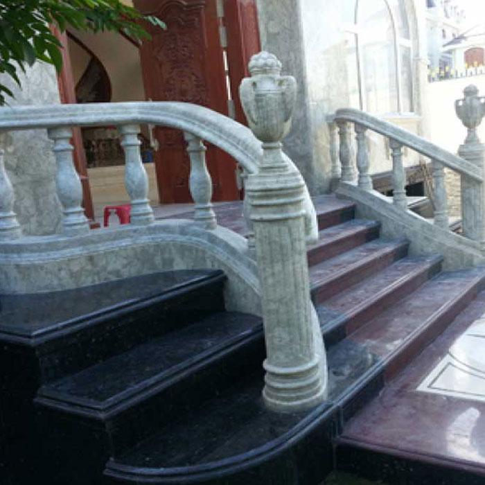cầu thang đá hoa cương đẹn